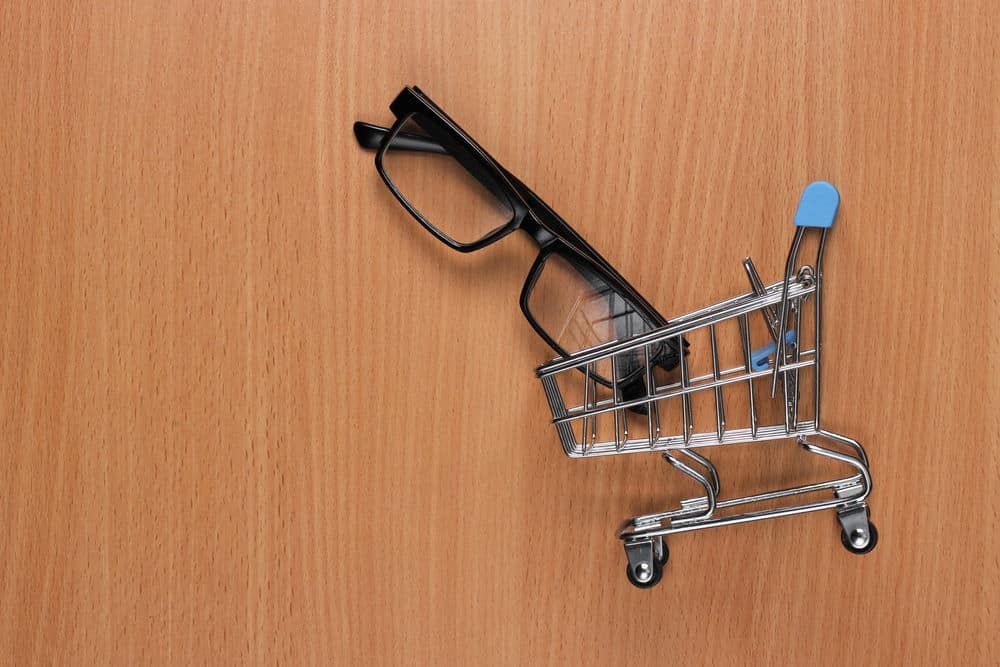 eyeglasses in shopping cart